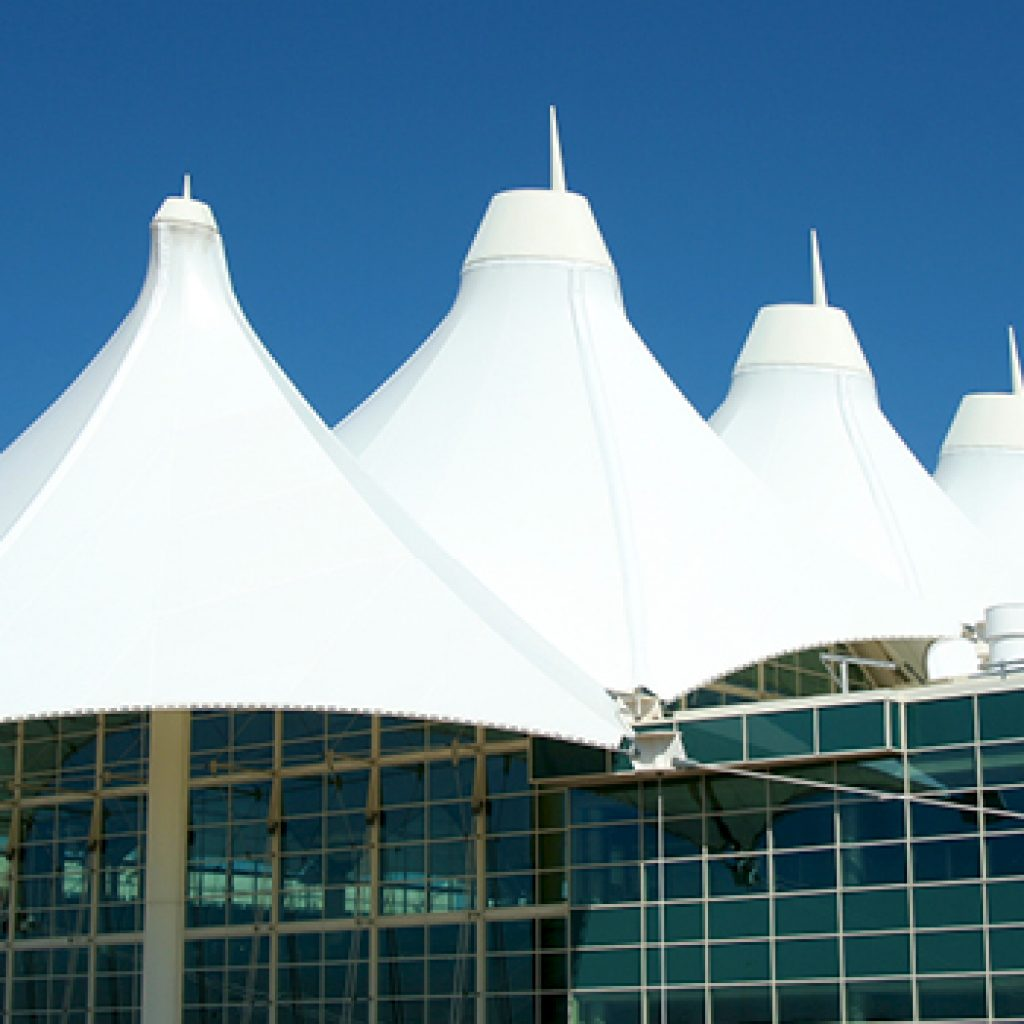 Low moisture wicking pvc coated tensile structure